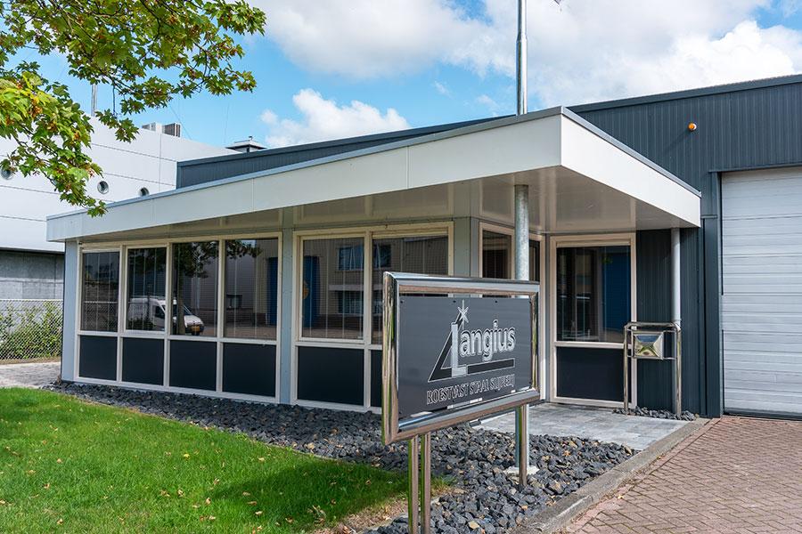 Langius aanbouw loods en kantoor